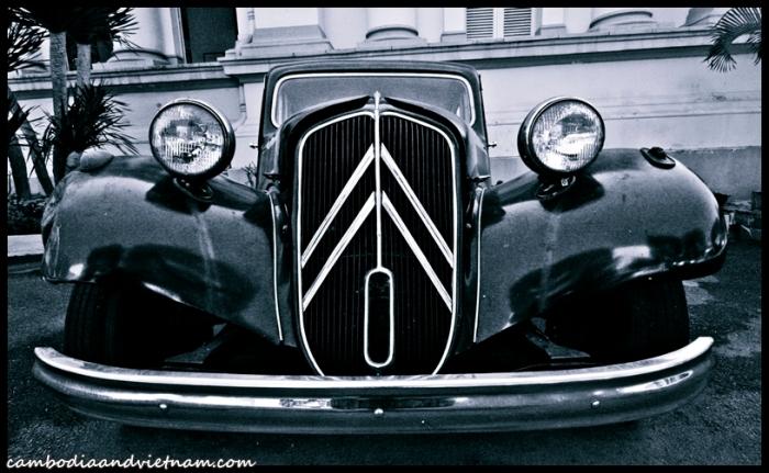 Black Car - Saigo